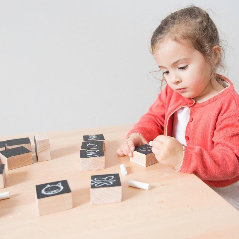 Cubes ardoise jeu construction