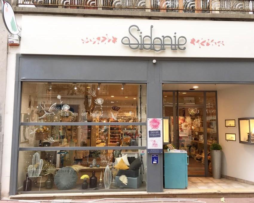 annemasse magasin gallery of annemasse magasin with annemasse magasin gallery of magasin. Black Bedroom Furniture Sets. Home Design Ideas