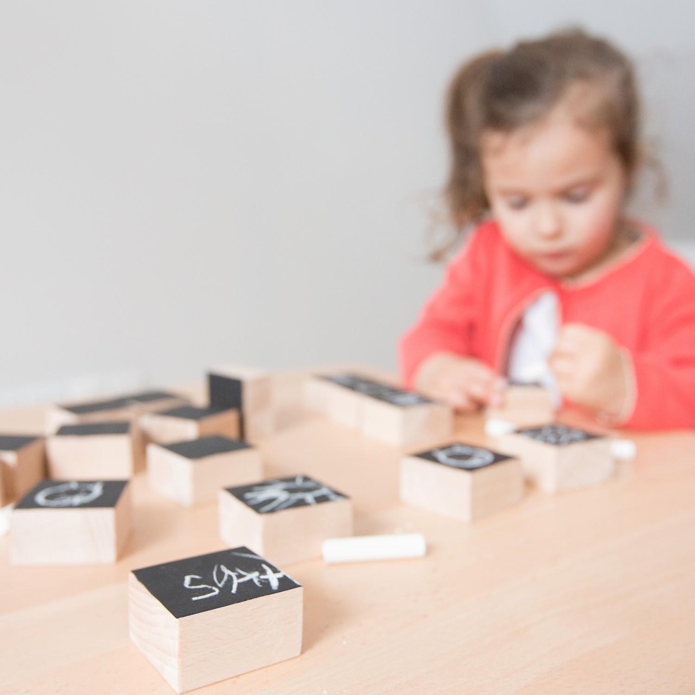 Les cubes en bois créatifs