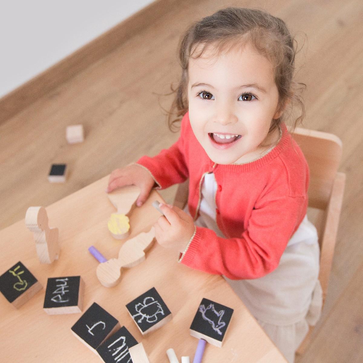 Enfant jouet cube ardoise