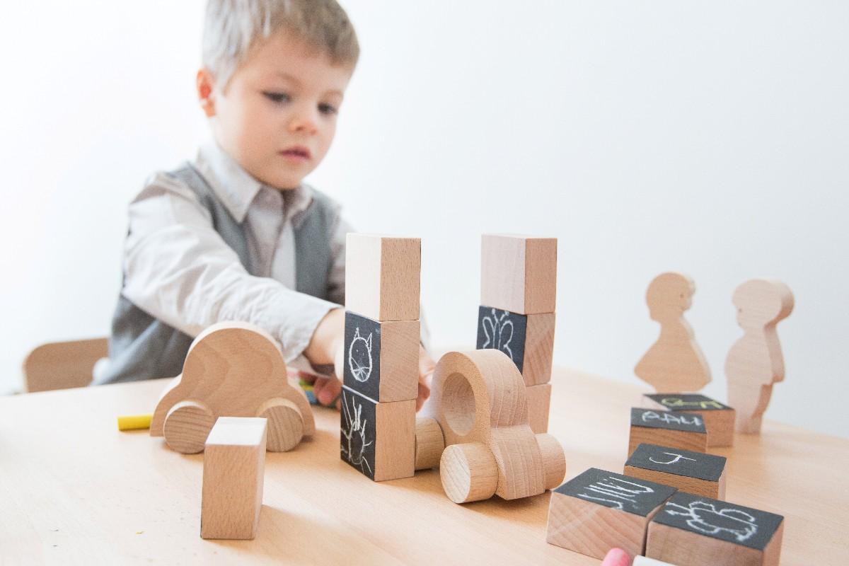 Jouets design en bois
