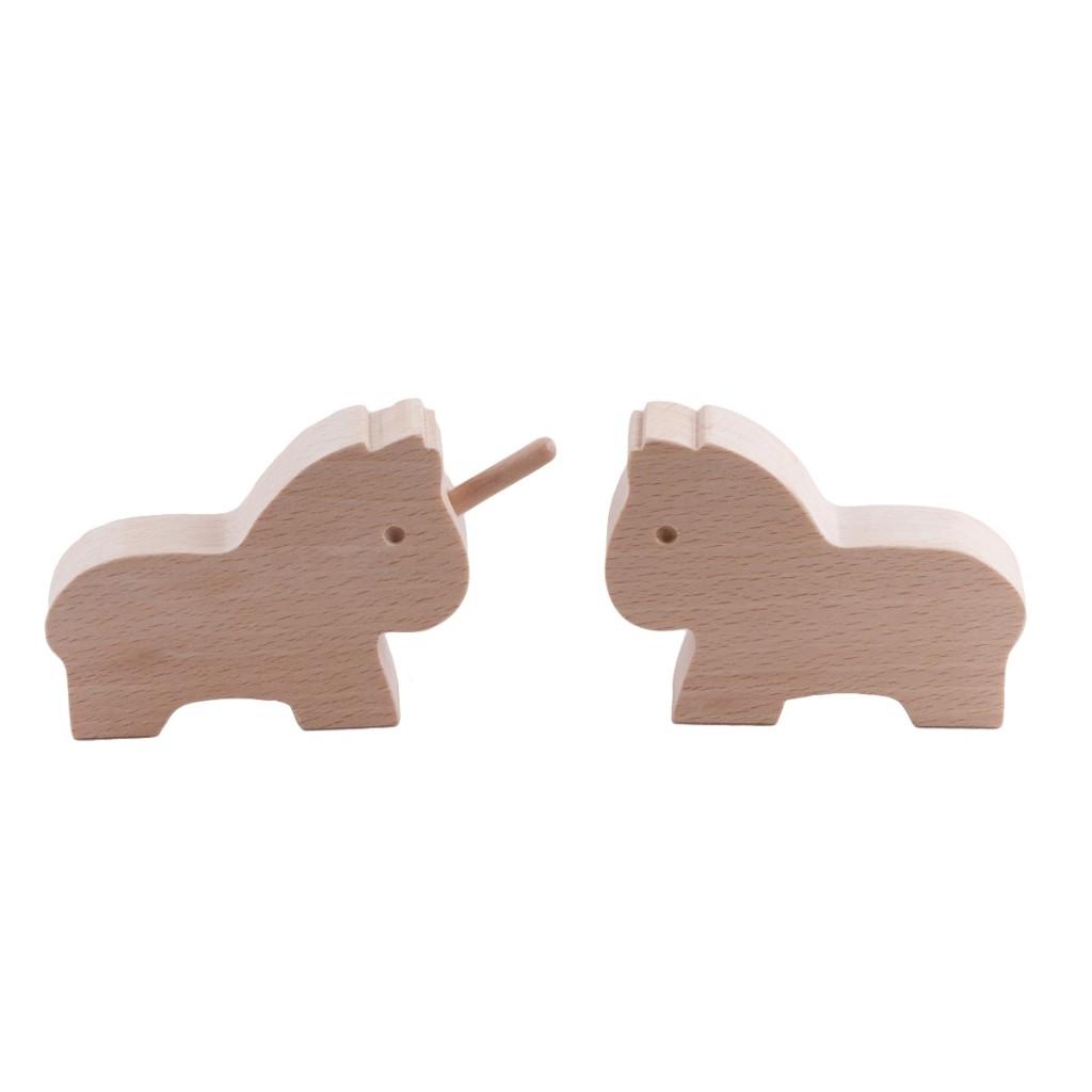 Cheval et licorne en bois