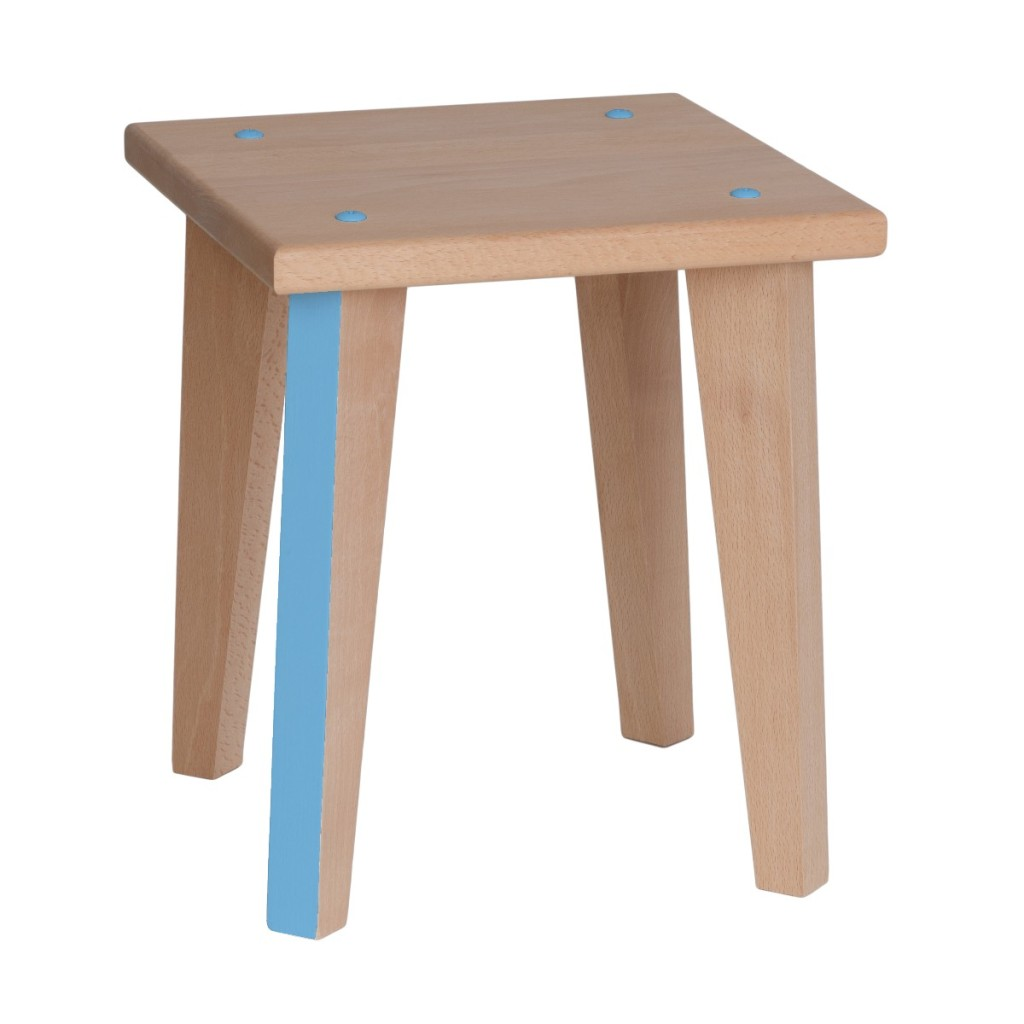 Tabouret bleu en bois