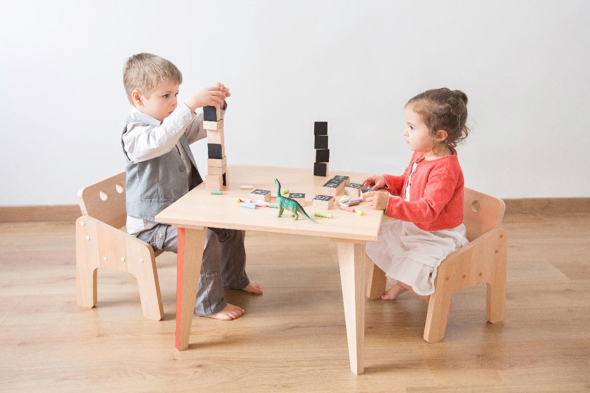 Beaux jouets en bois