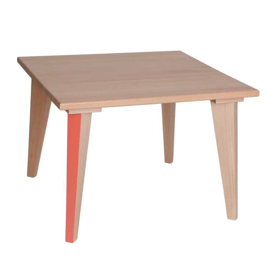Table basse en bois pour enfant