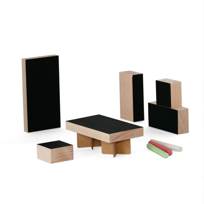 packshot mobilier poupee